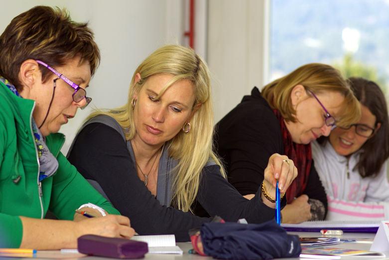 Seminarteilnehmerinnen. Foto: Woodapple auf Adobe Stock